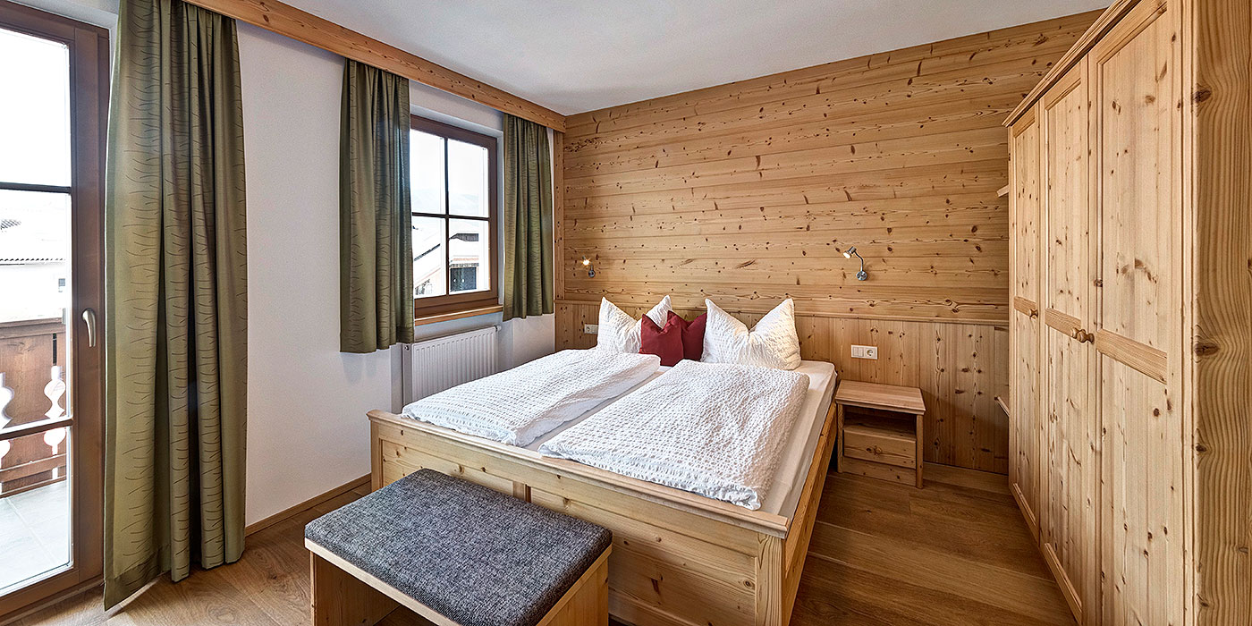 ferienwohnungen im aparthotel radlhof in s dtirol im bergdorf lajen in den dolomiten. Black Bedroom Furniture Sets. Home Design Ideas